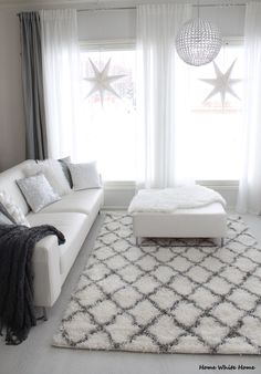 Home White Home: Olohuoneen raikastus: uusi matto