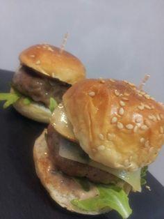 Mini hamburguesas con nuestra receta especial de la Casa.