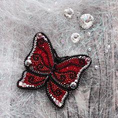 А сегодня поделюсь с вами каждой бабочкой в отдельности 👌Первый вариант. Чьё сердце покорила она? ❤️