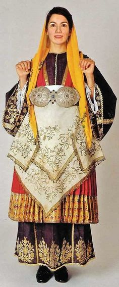 Traditional festive costume from Trikeri (Thessaly, Greece).  Clothing style: ca. 1900.  This is a recent workshop-made copy, as worn by folk dance groups.