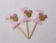 Oro y rosa Minnie Cupcake Toppers, Minnie Mouse inspiraron Toppers, Glitter oro Minnie cumpleaños, Toppers Minnie oro, (MINN-GP)