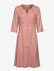 Idalinacr Dress (Spicy Mustard) (599.25 kr) - Cream -   Boozt.com Matilda, Stretch Jeans, Shapewear, Mustard, Spicy, Dresser, Wrap Dress, Leggings, Blazer