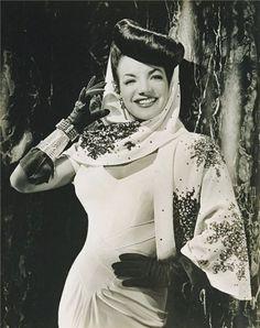 Va-Voom Vintage: Friday Fashionistas: Carmen Miranda