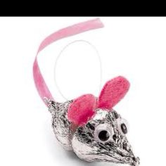 I am going to make these for my daughters preschool class! super cute!!