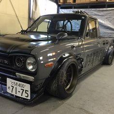 Nissan Trucks, Toyota Trucks, Sport Truck, Sport Cars, Mini Trucks, Old Trucks, Custom Trucks, Custom Cars, Vw Caddy Mk1