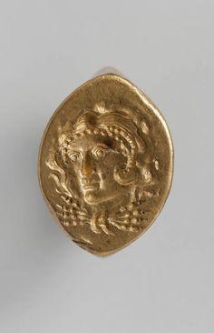 Gold ring. Period: Hellenistic. Date: late 4th–3rd century B.C. Culture: Greek. | © 2000–2015 The Metropolitan Museum of Art.