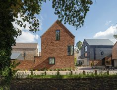 The Avenue, Saffron Walden by Pollard Thomas Edwards Revealed: RIBA East 2016 Awards shortlist New Housing Developments, Social Housing, Small Buildings, Architect House, Affordable Housing, Brick And Mortar, Brickwork, Detached House, Modern Architecture