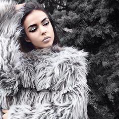 ❄️ new post on my blog 🔛 my blog ❄️ ❄️link in bio❄️ Fur Coat, About Me Blog, Link, Instagram Posts, Fashion, Moda, Fashion Styles, Fasion, Fur Coats
