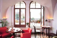 Fotoinšpirácia - stránka 2 Oversized Mirror, Windows, Gallery, Furniture, Home Decor, Decoration Home, Roof Rack, Room Decor, Home Furnishings