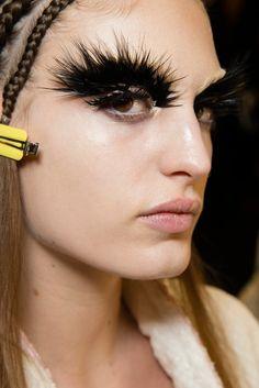 Alexander McQueen AW14/15 (Pat McGrath makeup)