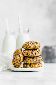 Healthy Carrot Cake Breakfast Cookies. Because you CAN eat cookies for breakfast! | Pinned to Nutrition Stripped | Sweet | Dessert