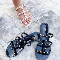 Cute Shoes Flats, Shoes Heels, Nude Sandals, Black Sandals, Dream Shoes, Crazy Shoes, Double Strap Sandals, Everyday Shoes, Jelly Sandals