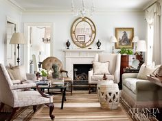 I have always loved Atlanta interior designer Jacquelynne aka Jackye Lanham's style. I love her use of fine antiques mixed with casual fabr... Home Living Room, Living Room Lounge, Formal Living Rooms, Living Room Decor, Spacious Living Room, Living Spaces, Beautiful Interiors, Beautiful Living Rooms, French Country Colors