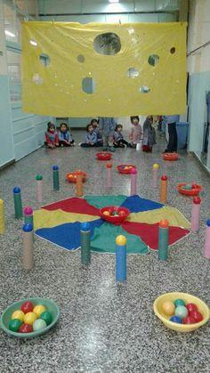 Physical Activities For Kids, Pre K Activities, Gross Motor Activities, Team Building Activities, Infant Activities, Kindergarten Activities, Preschool Crafts, Games For Kids, Fun Christmas Games