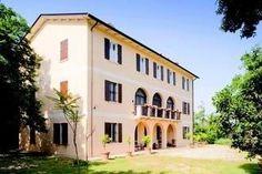 Holiday Home Sereo Teolo - 3 Star #Apartments - $95 - #Hotels #Italy #Teolo http://www.justigo.com.au/hotels/italy/teolo/sereo_176248.html