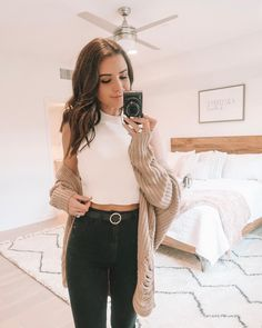 30 Best Fall Outfits To Copy This Year 56 Best Ideas How to Style Denim on Denim this Fall Uni Outfits, Outfits Casual, Mode Outfits, Spring Outfits, Fashion Outfits, Fashion Clothes, Rainy Outfit, Rainy Day Outfit For Spring, Rainy Day Outfit For School