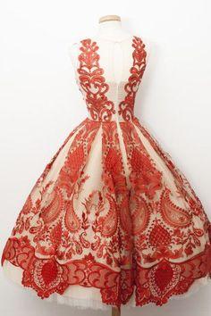 Vintage, vintage dresses, vintage outfits, vintage fashion, beautiful d Lovely Dresses, Beautiful Gowns, Vintage Dresses, Vintage Outfits, Vintage Fashion, Lace Dress, Dress Up, Dresscode, Dream Dress