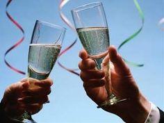 Šťastný nový rok,Happy New Year přání online na profil,lidé. Happy New Year 2011, Quotes About New Year, Year Quotes, Online Marketing, Ale, Alcoholic Drinks, Champagne, Merry Christmas, Photos