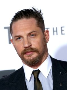 """Tom Hardy Photos Photos - Actor Tom Hardy attends the premiere of 20th Century Fox and Regency Enterprises' """"The Revenant"""" at the TCL Chinese Theatre on December 16, 2015 in Hollywood, California. - Premiere of 20th Century Fox and Regency Enterprises' 'The Revenant' - Arrivals"""