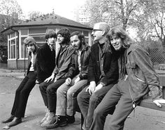 John Mayall and his BluesBreakers featuring Mick Taylor (far left), c. 60s Music, Music Pics, Blues Music, Music Photo, Jazz Blues, Eric Clapton, Blues Artists, Music Artists, Blue Soul