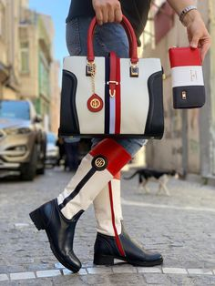 Tommy Hilfiger Boots, Tommy Hilfiger Handbags, New Style Shoes, Gucci Boots, Versace Shoes, Louis Vuitton Shoes, Pretty Shoes, Winter Boots, Fashion Boots