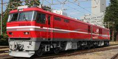 京都鉄道博物館は、同館の「車両のしくみ/車両工場」エリア(本館1階)にて、JR貨物のEH800形電気機関車を展示。コキ107形2両、各種コンテナの展示も実施。展示期間は、2018年1月20日(土)~28日(日)。
