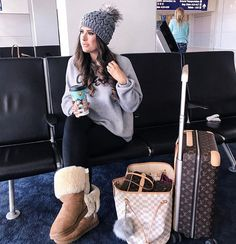 New Ideas For Furry Boats Outfit Winter Hats Road Trip Outfit, Boating Outfit, Ugg Boots Outfit, Winter Outfits, Casual Outfits, Snow Fashion, Women's Fashion, Fall Jeans, Cold Weather Fashion