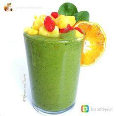 repost via @instarepost20 from @greensandsweets Green Tropical Smoothie #breakfast #smoothie Bananas, mango, pinapple, papaya, goji berries, peaches, spinach and water.  #BreakfastSmoothie #fruits #veggies #EatClean #RAWFood #vegan #paleo #Good4You #nutritional #TasteGreat #NaturallySweet #smoothie #greens #vegetarian #AllNatural #MadeByYou #NaturesFood #NoJunk #antioxidants #MakeYourOwn #KnowYourIngredients #SuperFoods #NaturalVitamins