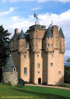 Craigievar Castle, south of Alford, Aberdeenshire, Scotland.... http://www.castlesandmanorhouses.com/photos.htm .... Craigievar Castle was the seat of Clan Sempill and the Forbes family who resided here for 350 years until 1963, when the property was given to the National Trust for Scotland. An example of the original Scottish Baronial architecture, the seven-storey castle was completed in 1626 by the Aberdonian merchant William Forbes.