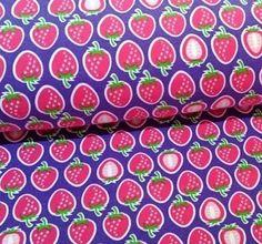 Popeline Hamburger Liebe Yummy Strawberry lila von PinkPeppa auf DaWanda.com