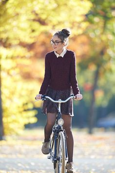 The Clothes Horse - Olympia's search for the perfect outfit Preppy Outfits, White Outfits, Preppy Style, Spring Outfits, Fashion Outfits, Womens Fashion, Female Fashion, Thanksgiving Outfit, Sensual