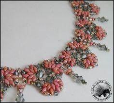 etsy.com/shop/GQHPatternsandKits    Clover: Beaded Necklace Pattern