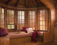 estupendas persianas de madera comedor