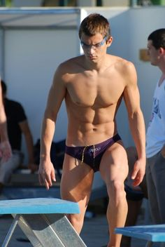 #speedo #speedoboy #bikini #bikiniboy #swimsuit #musclespeedo #speedomuscle #squarecut #bulgingspeedo #poolboy #beachboy #wetboy
