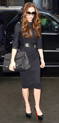 "Victoria Beckham carries an oversize satchel // May cause ""Poshitis"" // #handbags"