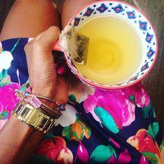 Why drink tea from a boring cup? #greentea #alreadyhad2cupsofcoffee #collectorofawesomecups #workflow #armcandy #newfavoriteskirt