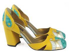 BANANA - Louloux - Sapatos Colecionáveis