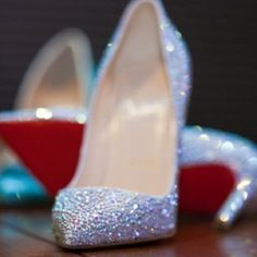 Christian Louboutin OFF! Diamonds are a girls best friend in these Christian Louboutin pumps (but probably not her wallets or toes. Crazy Shoes, Me Too Shoes, Christian Louboutin, Louboutin Pumps, Sparkly Shoes, Up Girl, Girly Girl, Diamond Are A Girls Best Friend, Wedding Shoes
