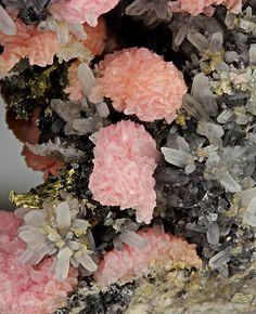 Rhodochrosite with Chalcopyrite, Sphalerite & Quartz