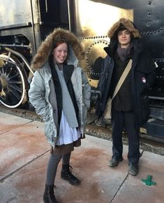 Lucas (Gilbert) and Amybeth (Anne) behind the scenes - - - Gilbert Blythe, Jonathan Crombie, Anne And Gilbert, Anne White, Amybeth Mcnulty, Anne With An E, Anne Shirley, The Avengers, High Society