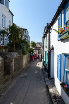 The Warren St Ives Cornwall, Devon And Cornwall, Places Around The World, Around The Worlds, House By The Sea, Over The Hill, Seaside Towns, My Happy Place, Far Away