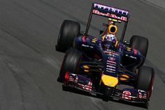 Daniel Ricciardo (AUS) Red Bull Racing RB10. Formula One World Championship, Rd7, Canadian Grand Prix, Qualifying, Montreal, Canada, Saturday, 7 June 2014