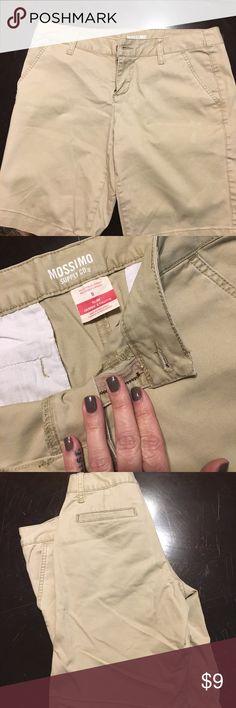 NWOT mission khaki shorts size 5 NWOT mission khaki shorts size 5 Mossimo Supply Co Shorts
