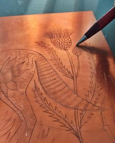 """Dry point etching on copper ✍ Grabado de punta seca en cobre"""