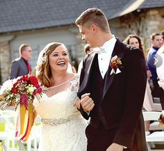 Teen Mom OG stars Catelynn Lowell and Tyler Baltierra tied the knot on Saturday, Aug. Girls Life, Girls Dream, Celebrity Couples, Celebrity Weddings, Teen And Dad, Mom Series, Married At First Sight, Birth Mother, Hollywood Life