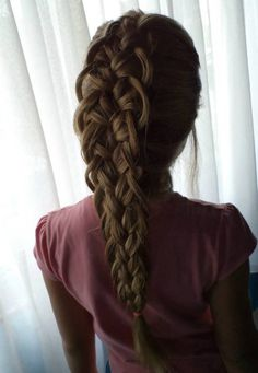 Együtt ünnepeltük a Hajfonás Világnapját! | Hair-Line Kft. fodrászcikk kis- és nagykereskedés www.facebook.com/hairline