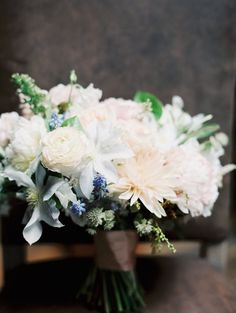 romantic wedding bouquet; Photo: Carmen Santorelli