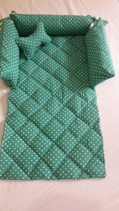 Crochet Dog Clothes, Pet Clothes, Sewing Clothes, Baby Cot Bumper, Disney Diy Crafts, Crop Top Designs, Diy Dog Bed, Dog Jacket, Dog Wear
