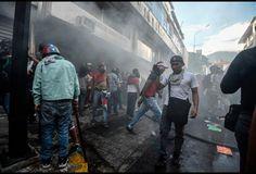 #Venezuela Unrest Disrupt Oil Production; Prices Another Matter https://www.forbes.com/sites/michaellynch/2017/08/02/venezuelan-unrest-and-the-oil-market/?utm_content=buffer83401&utm_medium=social&utm_source=pinterest.com&utm_campaign=buffer#1ca2a1e434c5  #alxcltd #energy #uk #oil #gas #oilandgas #subsea