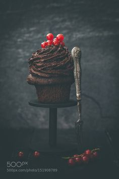 Cup Cake by cogiphoto1 #food #yummy #foodie #delicious #photooftheday #amazing #picoftheday
